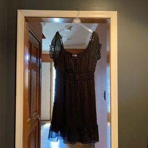 Size large black dress